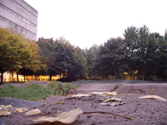 One Shot One Ride #039 Haggerston Park Bike Track