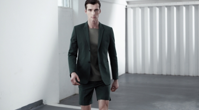 Let's spend a (worthy) word about – Men's smart suit